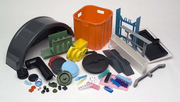 3 Common Challenges Associated with Injection Molded Plastic Manufacturing